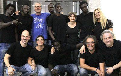 Tracce Migranti della compagnia teatrale Bakwè