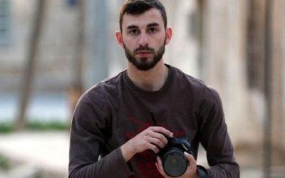 Siria, morto in un bombardamento Anas al-Dyab, fotografo di guerra siriano e volontario della Syria Civil Defense